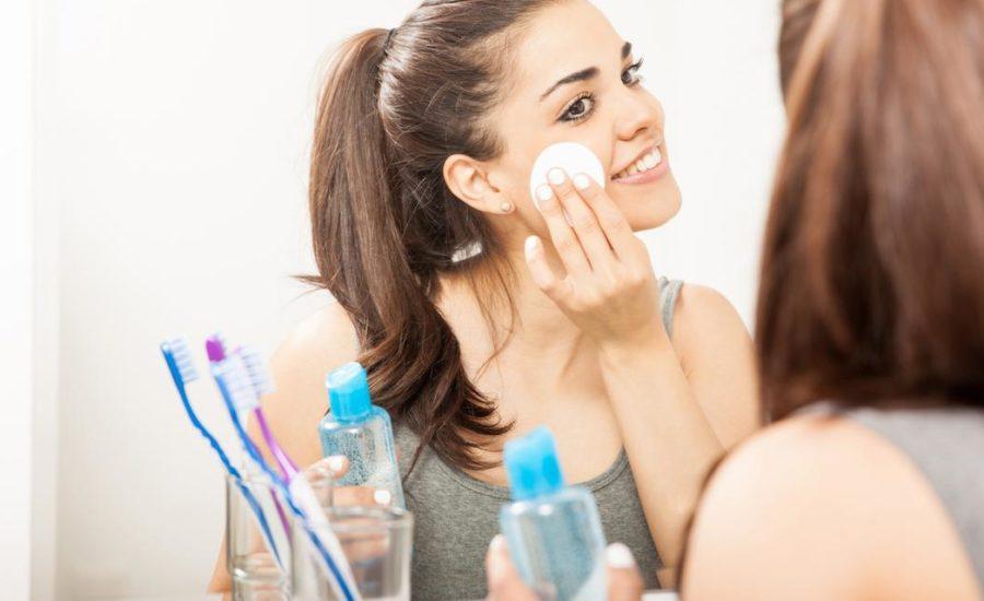 смывать макияж